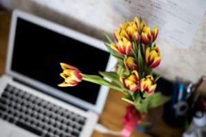 Bureau heureux fleur